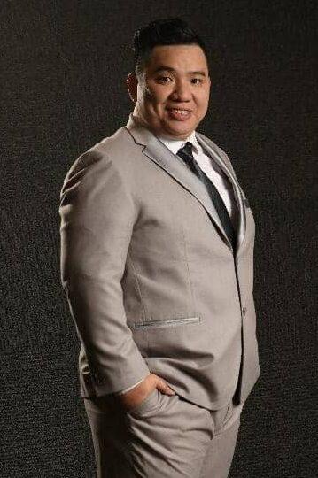 Andrew Tan Timbalan Presiden  (Pengurusan dan Administrasi)
